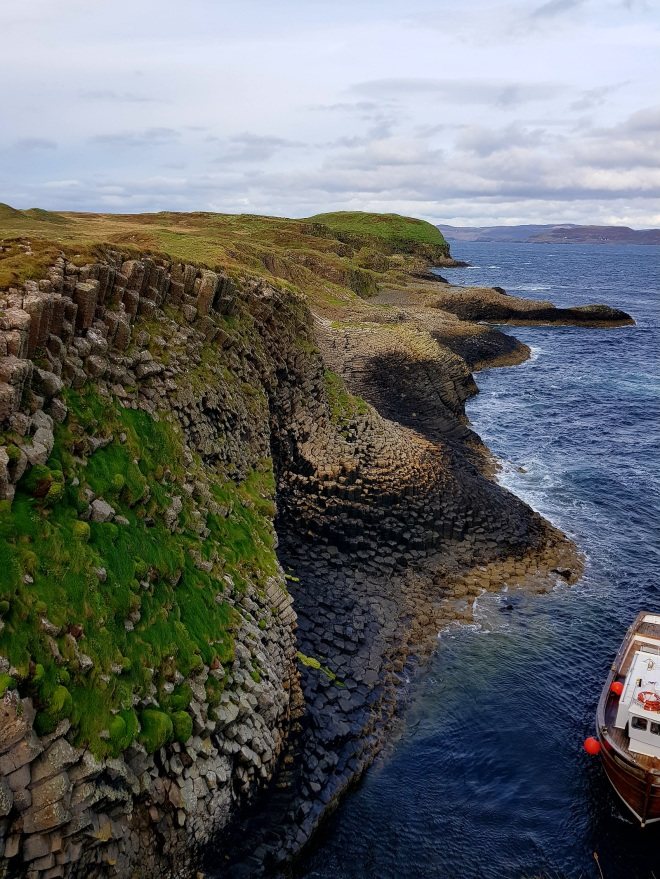 ile-de-staffa-the-bergamote-blog10