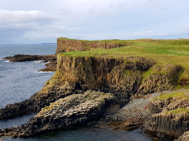 ile-de-staffa-the-bergamote-blog9
